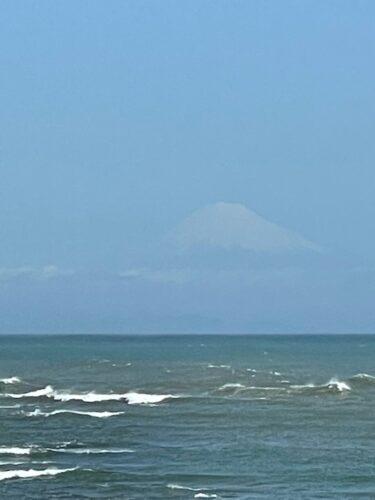 岬から見える富士山