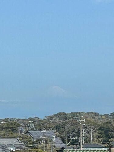 御前崎灯台から見えた富士山