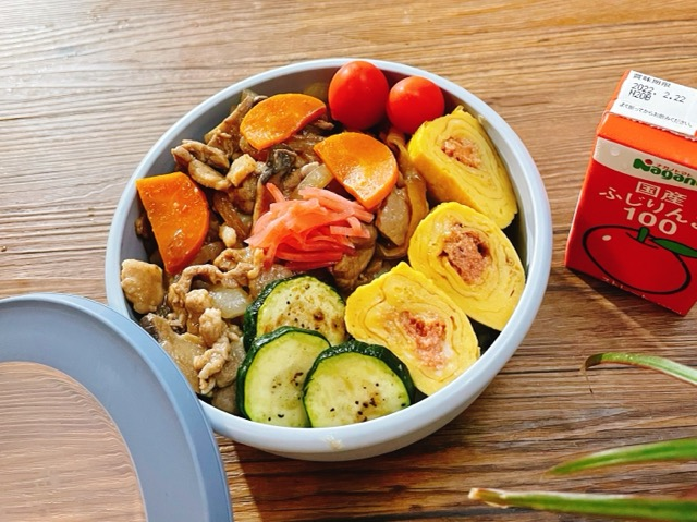 肉野菜炒め丼弁当