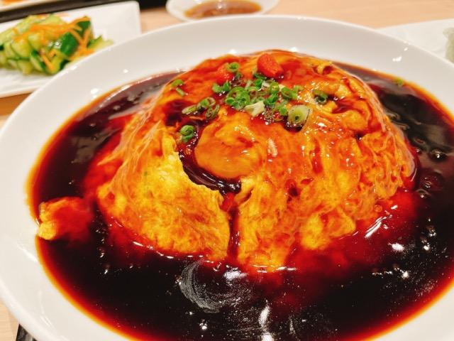 黒酢の天津飯