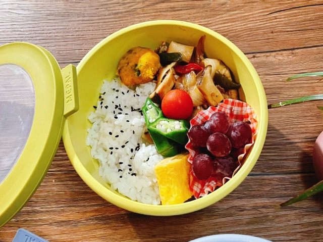 ダイエット高校生の肉野菜炒め弁当